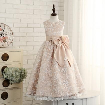 New Vintage lace flower girls dress..