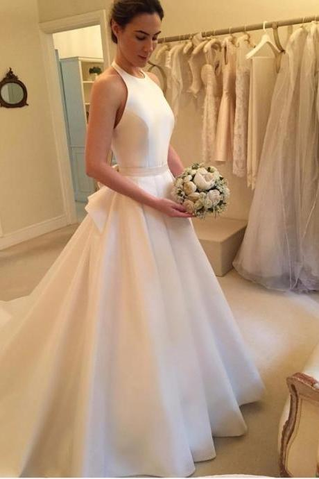 Elegant Halter Satin A-line Wedding Dress with Bow Accent and Long Train Vestido de Novia