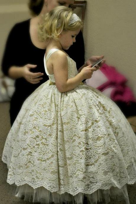 2016 Customize Flower Girl Dresses Lace Party Birthday Tutu Ball Gown Embroidery Princess Dress Children Evening Prom Gowns